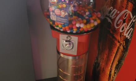 Spiral Bubble Gum Machine